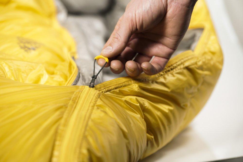 Ergonomický taháček zipu